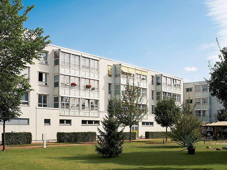 betreutes wohnen berlin landsberger tor pflege und betreuung. Black Bedroom Furniture Sets. Home Design Ideas