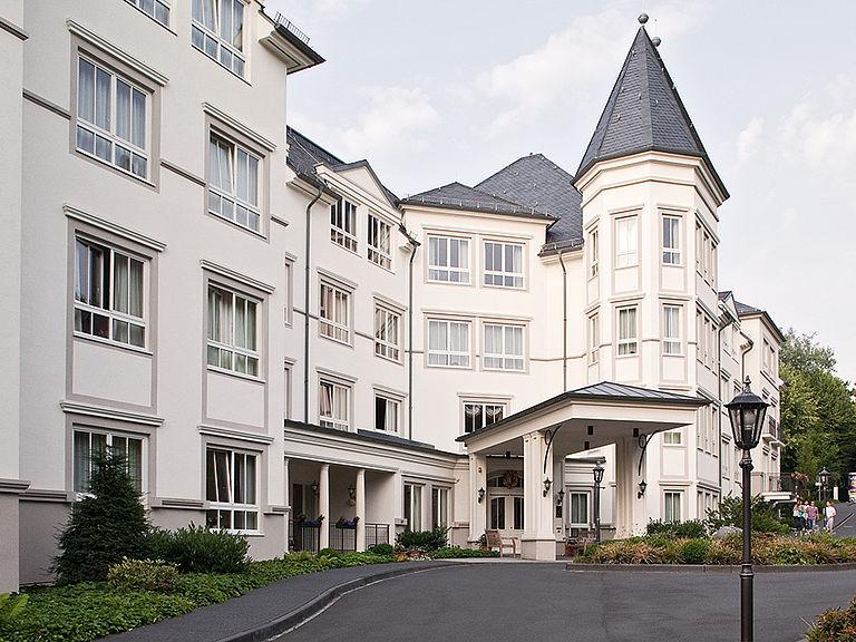 Seniorenheim In Wiesbaden Betreutes Wohnen Ambulante Pflege